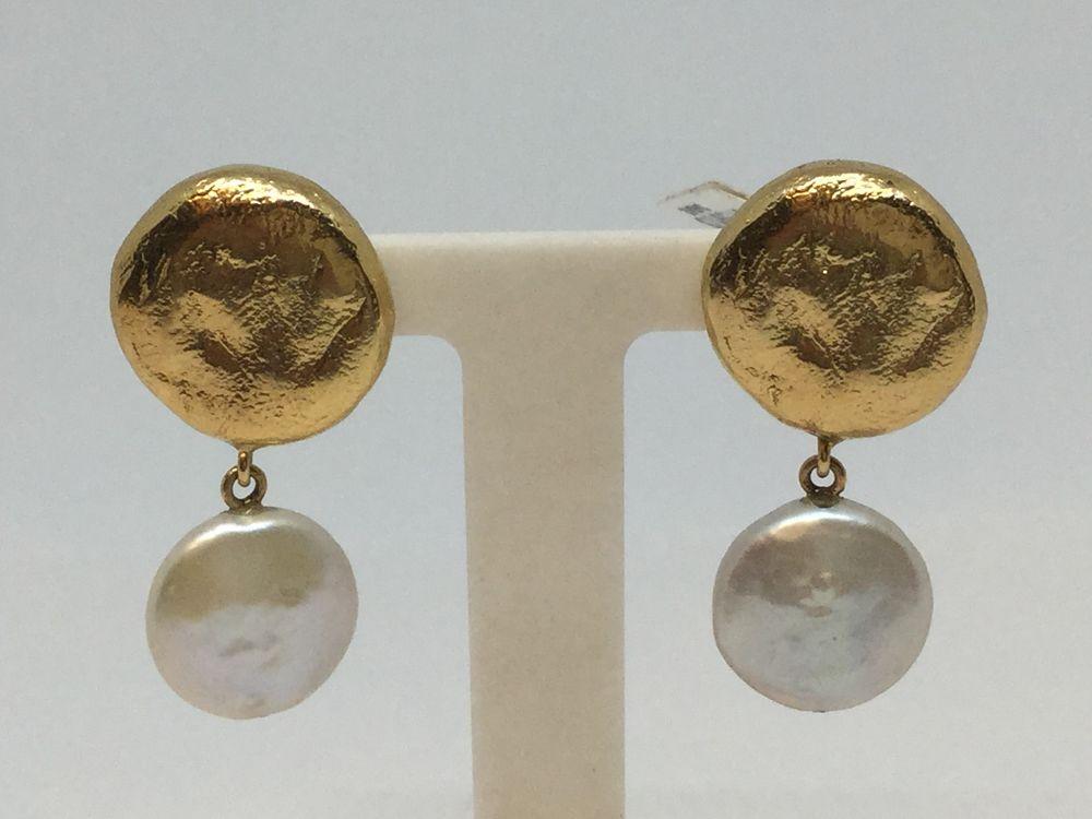 292a1fb6d9f0 Pendientes redondos en oro y perla Tous