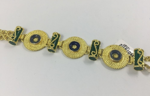 b0111f62026c Pulsera de oro y piedras de color
